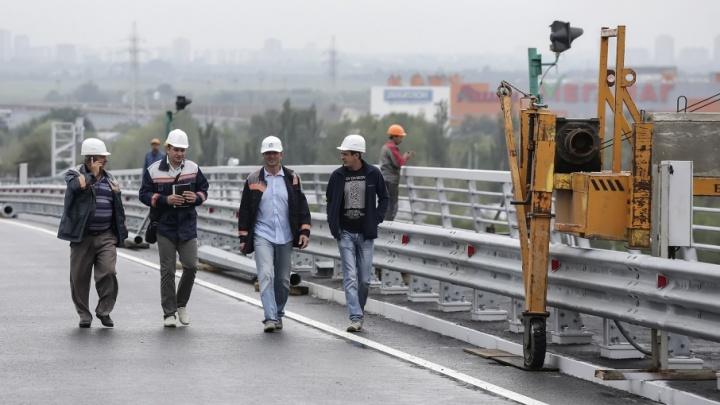 Пойменный мост на южном въезде в Ростов откроют на следующих выходных