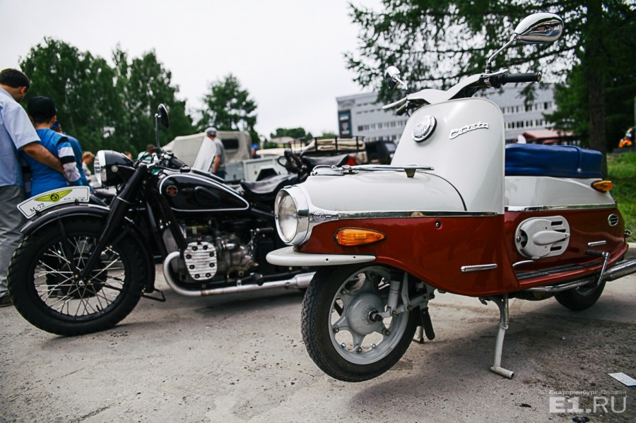 На выставке можно было полюбоваться и старыми мотоциклами.