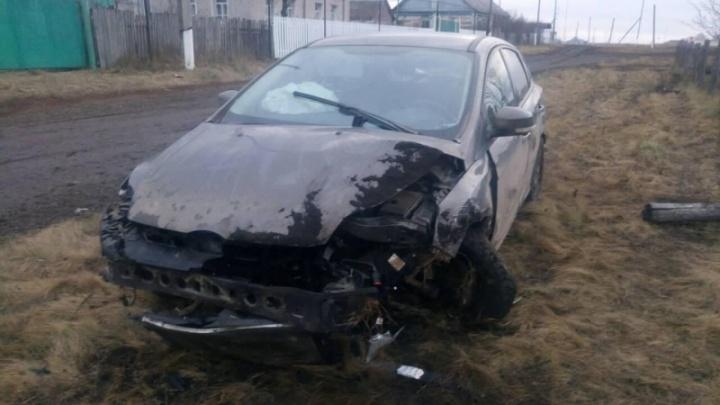 Потерял колеса в кювете: 17-летняя девушка пострадала в ДТП с «Фордом» под Самарой