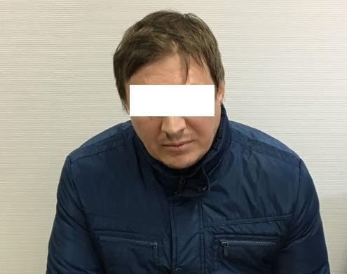 Сейчас подозреваемого уже доставили в Екатеринбург.