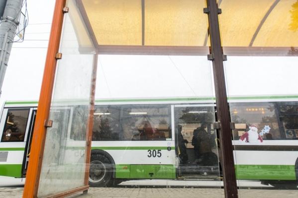 В ростовских автобусах можно будет расплатиться банковской картой