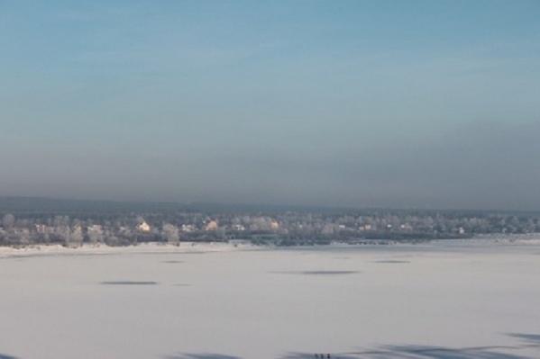 Лед в местах, где провалились пермяки, был очень тонким