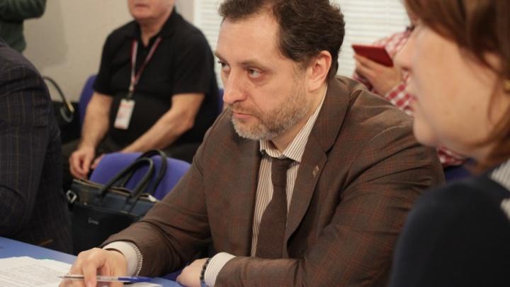 «Так создаются городские легенды»: Дмитрий Лапшин — о памятнике Георгию Буркову