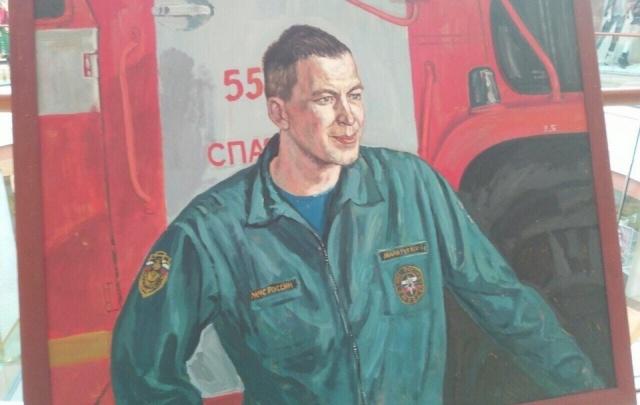 Ярославские спасатели устроили выставку в торговом центре