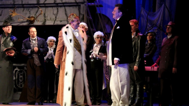В музыкальном театре Волгограда дадут пышный бал в честь нового сезона