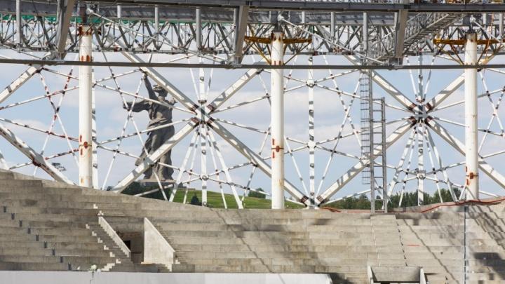 Краской от стадиона «Волгоград Арена» заляпало высотки улицы Батальонной