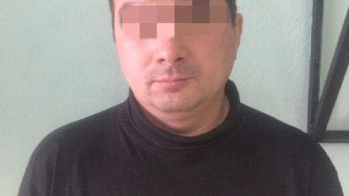 Подробности задержания тюменца, который напал на таксиста: мужчина попал в ДТП на угнанной машине