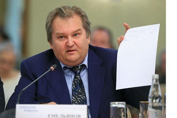 Михаил Емельянов считает, что с введением нового закона увеличится количество ДТП