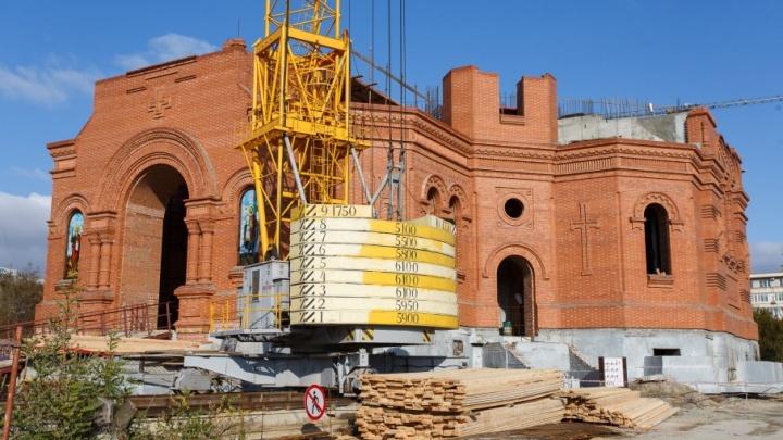 Убранством храма Александра Невского займутся 70 мастеров