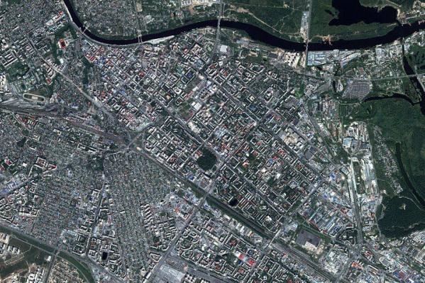 Летняя набережная и историческая часть Тюмени. Вид во всех смыслах — просто космос!
