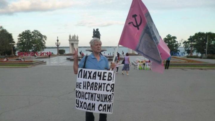 Задержанного в Волгограде правозащитника проверили на причастность к покушению на губернатора