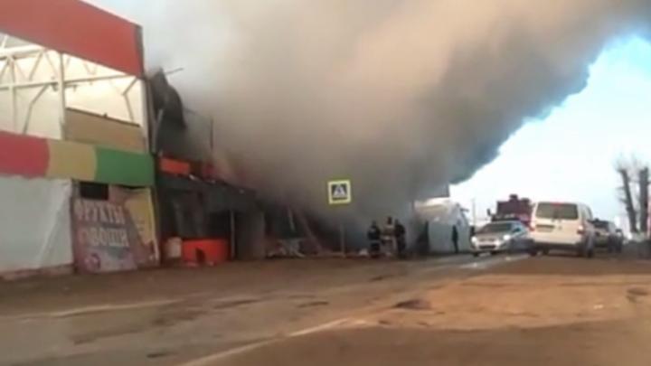 В Ростовской области сгорел супермаркет «Светофор»