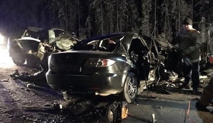В Югре в автокатастрофе погибли десять человек, в их числе грудной ребенок