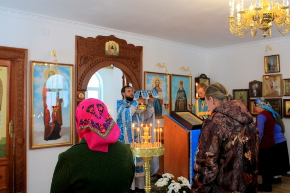 В Сурской часовне прошло первое богослужение