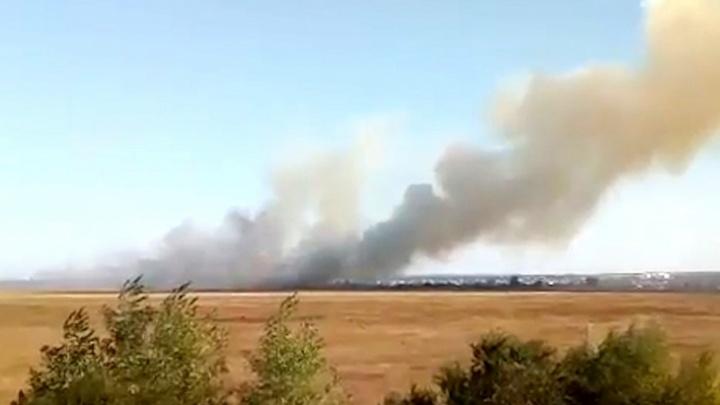 В Куйбышевском районе Самары очагами горела сухая трава