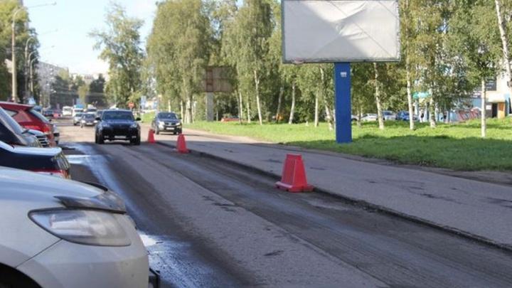В Архангельске подрядчики начали устранять дефекты на дорогах