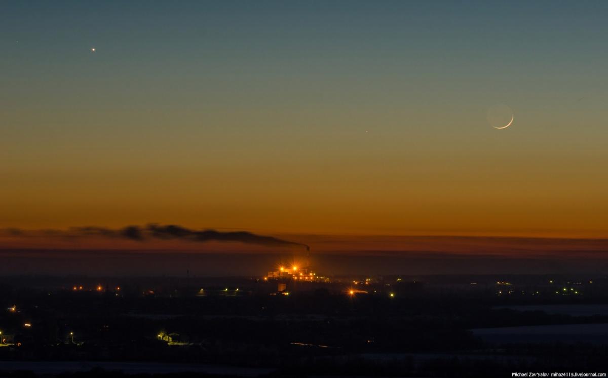 Венера, Меркурий и молодая Луна. Заброшенные элеваторы. 21 января  2015