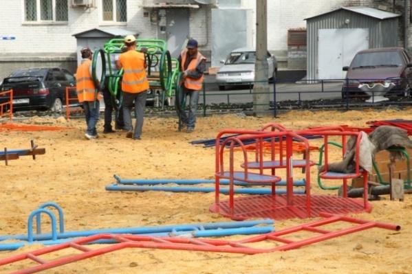 На обустройство челябинских дворов потратят 203 миллиона рублей