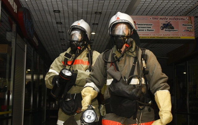 В южноуральской шахте произошел обвал: три человека оказались под обломками породы
