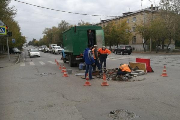 Рабочие в Советский район подъехали после полудня