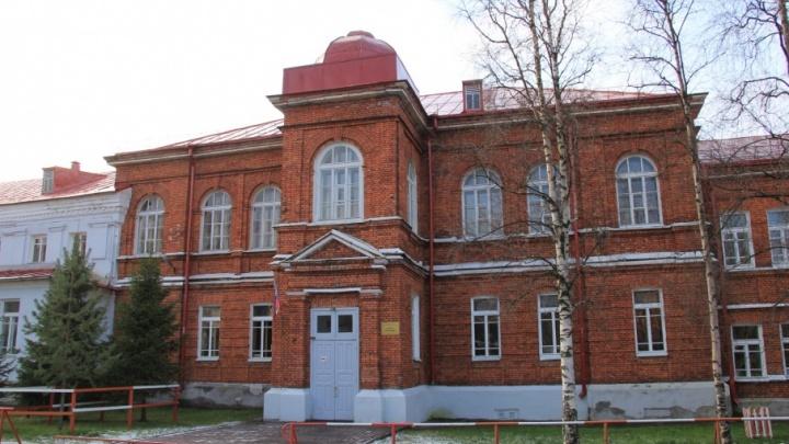 Выселили на окраину: школа «Ксения» уходит под эгиду САФУ и переезжает на Ленинградский