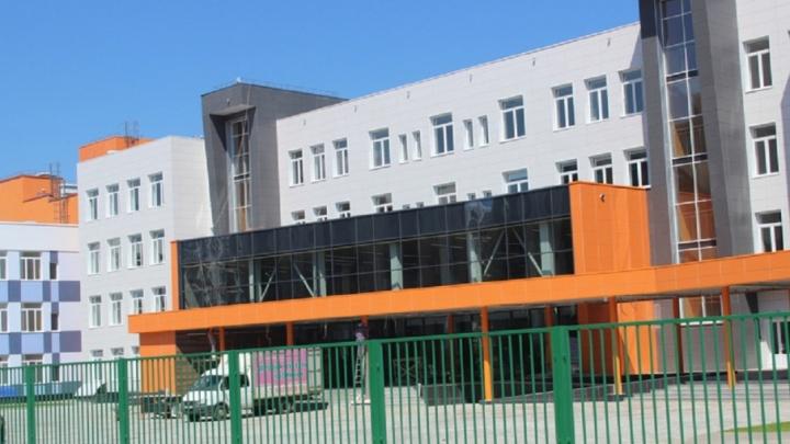 Три спортзала и мастерские: проект школы  у «Звезды» оценили в 5,4 млн рублей