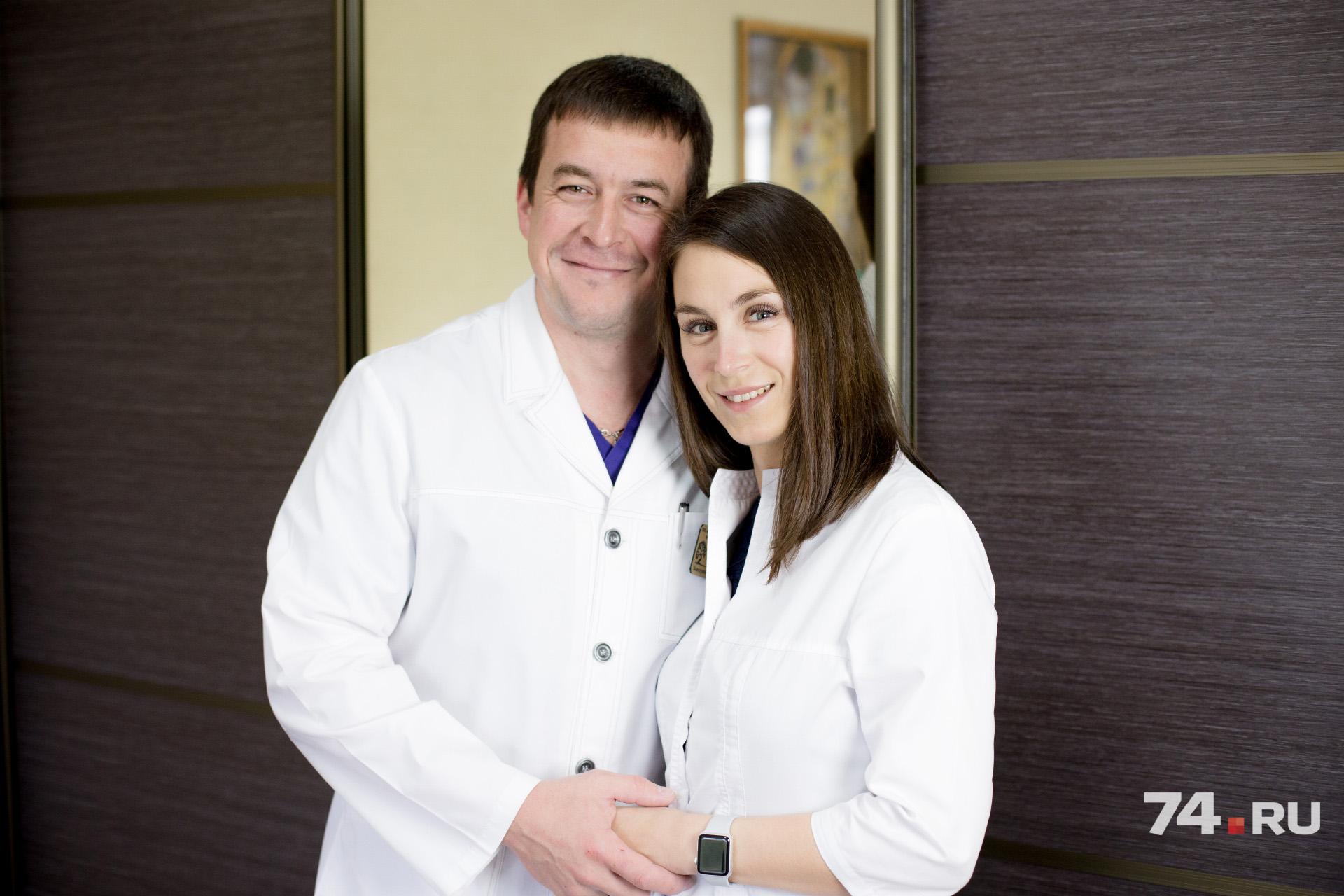 У Виктора Шкаредных и Ольги Дорофеевой всегда находится повод созвониться во время рабочего дня