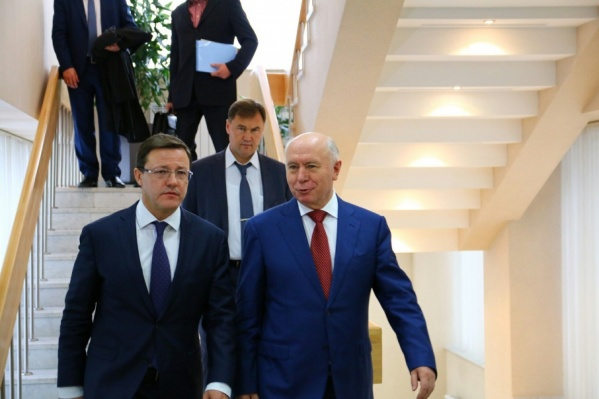 Дмитрий Азаров и Николай Меркушкин на церемонии представления врио губернатора