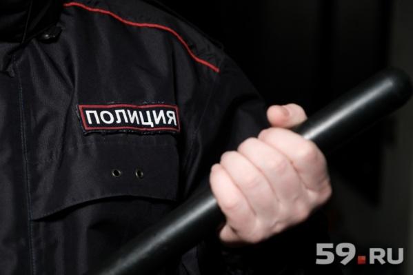 За превышение полномочий полицейского могут уволить и даже посадить