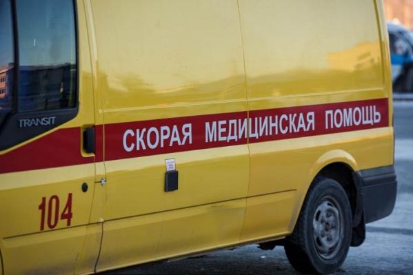 Мужчину доставили в областную больницу