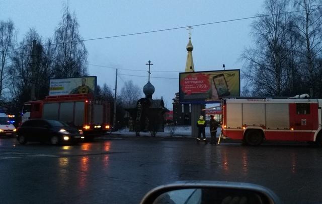 В Архангельске на железнодорожном вокзале загорелась часовня