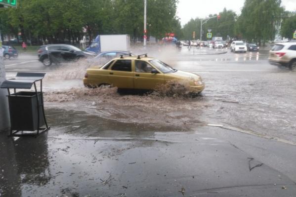 Ливнёвки не справляются с дождевыми водами