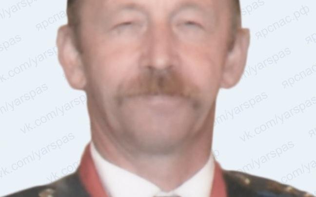 В Ярославской области больше месяца ищут пропавшего мужчину с усами