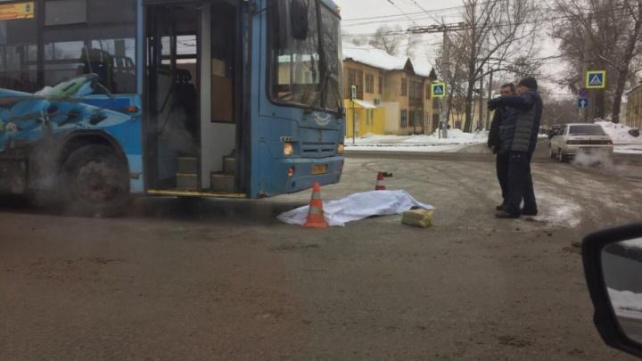 В Самаре на Безымянке автобус насмерть сбил женщину, переходившую дорогу