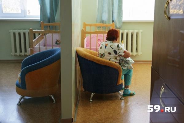 В доме ребенка воспитываются дети до четырех лет с поражением нервной системы и нарушениями психики