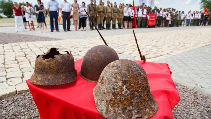 Поисковики со всей России приехали в Волгоград искать погибших сталинградских десантников