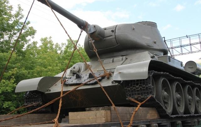 Москвич получил условный срок за контрабанду танка через границу в Челябинской области