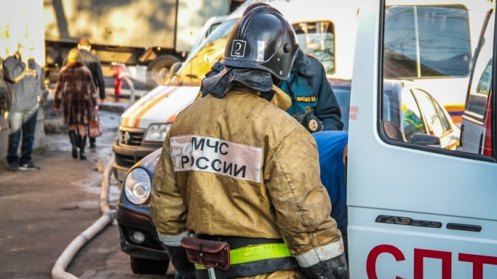 Дончанин заживо сгорел в машине, пытаясь согреться
