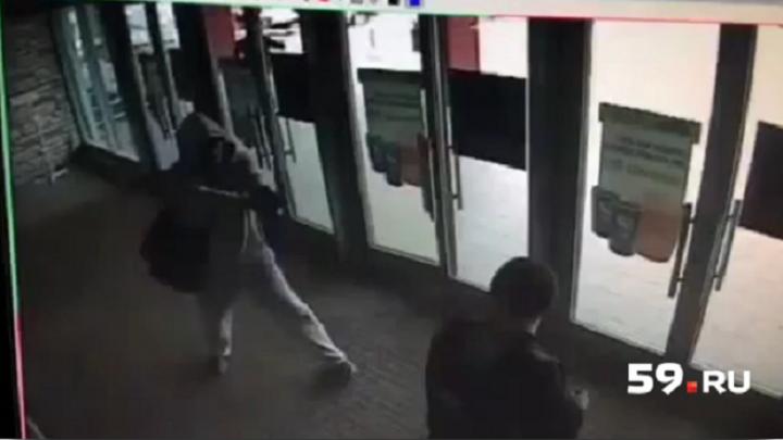 Преступник скрылся: расследование нападения на инкассаторов в «Кристалле» приостановлено