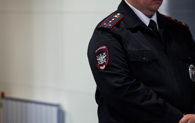 Полицейских, которые крышевали спа-салон в Тобольске, отправили под домашний арест