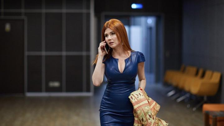 Анна Чапман приехала в Волгоград закрывать свой благотворительный фонд