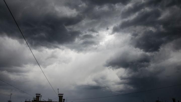 «Было страшно»: 74.ru приводит хронику событий во время урагана в Челябинске