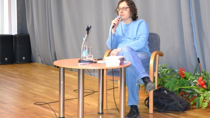 Архангельск посетил известный писатель Андрей Аствацатуров