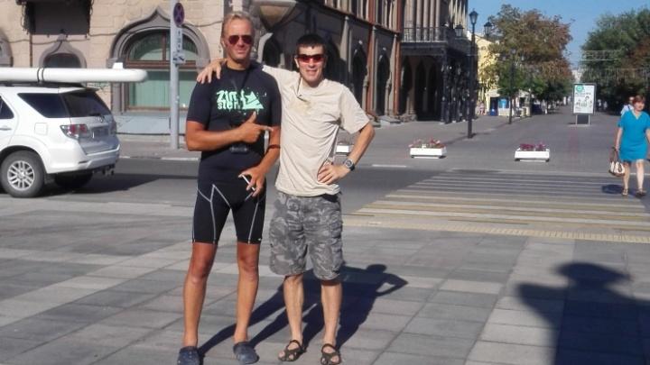 Бизнесмен из Германии полгода плывет в Волгоград по Волге