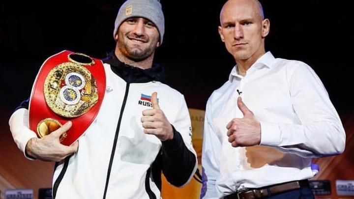 Боксёр Мурат Гассиев вышел в полуфинал турнира World Boxing Super Series