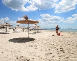Россиян пригласили на один из лучших песчаных пляжей страны – Джемете