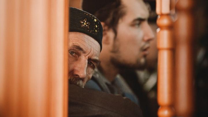 Тысячи мусульман собрались у мечети на Мельникайте: смотрим 15 лучших кадров с празднования Ураза-байрама