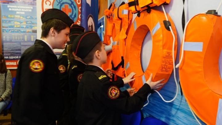 В Волжском открылся первый в России музей общества спасания на водах