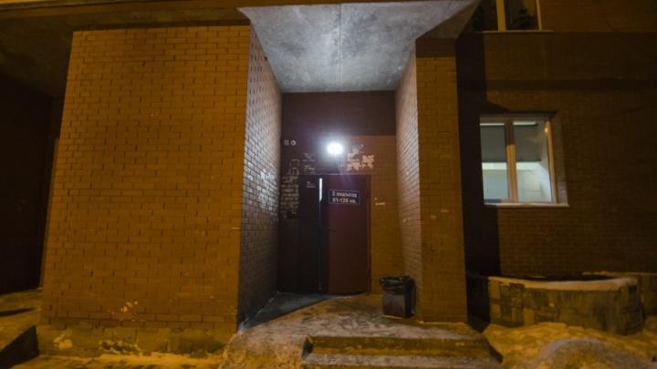 Драма на Обводном: мужчина застрелил брата возлюбленной через дверной глазок