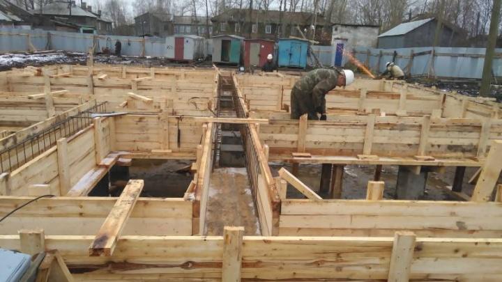 Работы по возведению конструкций детсада в Турдеевске закончат до зимы